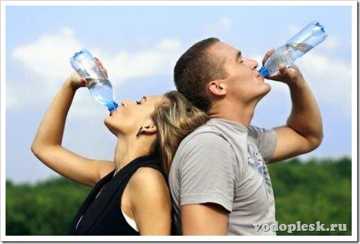 Чем побороть жажду? Напитки, которые нужно пить в жару